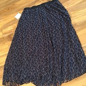 Lularoe Lucy skirt Lacy new with tags 2XL